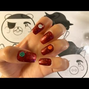 Press on nails -LSP